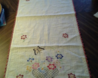 1960's Hand Embroidery/Cochet Vanity Cover