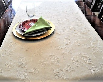 Table Runner, Queen Bed Runner, Table Cloth, Elegant Embossed Tablecloth, Wedding/Dining/Banquet, 16''x90'' Champagne Buffet/Dresser Scarf
