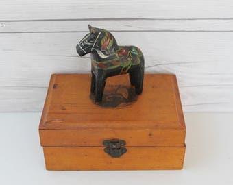 Vintage Swedish Black Dala Horse Souvenir, Swedish Folk Art Horse, Vintage Swedish Souvenir, Dalecarlian Horse