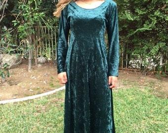 Long green velvet dress, medium, crushed velvet, prairie dress, BoHo dress, green