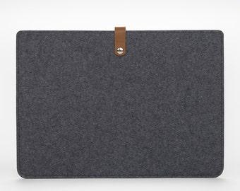 Felt and Leather MacBook Pro 15 Retina Case - MacBook Sleeve - MacBook 15 Retina Cover - Felt MacBook Pro 15 Cover - Grey Felt Sleeve