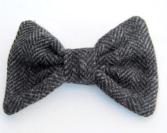 Men's Tweed BowTie, Upcycled Tweed BowTie, Black Tweed BowTie, Wool Bow Tie, Bow Ties for Men, PreTied Bow Tie, Wedding Bow Tie, Black Tweed