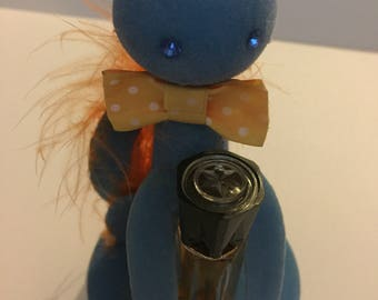 Vintage 1950s Kitsch Max factor Sophisticat Blue Flock Cat And Perfume In Dome Case