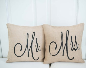 Mr and Mrs Pillow Cover Set Mr and Mrs Pillow Burlap Pillow  Wedding Decor  Wedding Gift  Wedding Gifts  Personalized Pillow