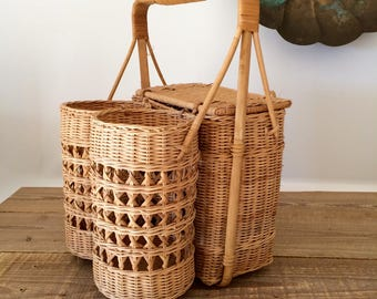 Vintage 2 Bottle Picnic Basket
