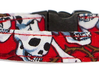Noddy & Sweets Adjustable Cat Collar with bell and charm [Skulls and Roses]
