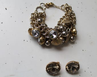 Vintage button bracelet and earrings