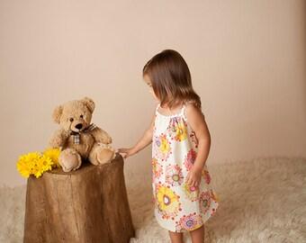 ADORABLE! Big Floral Sundress Dress w/Vintage Trim Girls Size 2