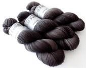 Sock Yarn Superwash Merino/Nylon 85/15 4ply Handdyed Yarn: NIGHT OWL