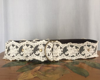Lace Belt Cream White Floral Vintage size Small