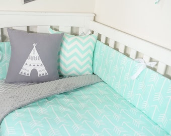 Mint and grey arrow nursery set items