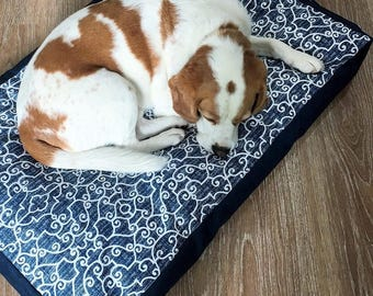 Dog Bed Cover  - 'Ashley' design in Navy and White - indoor/outdoor polyester (S,M,L)