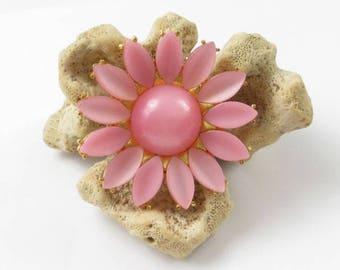 Genuine Lucite Pink Daisy Brooch