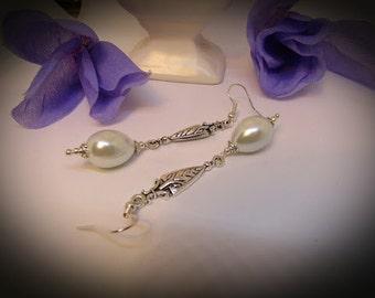 Vintage Style Pearl Drop Earrings