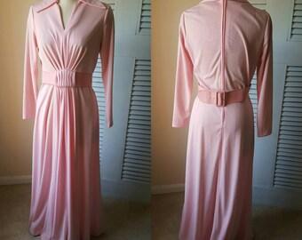 DR3029 Vintage Women's Baby Pink Belted Long Sleeve V Neck Floor Length Gown sz 10