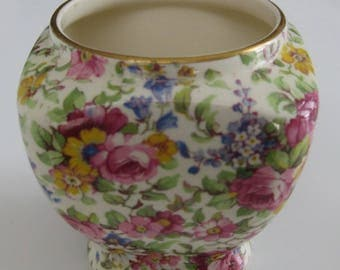 ROYAL WINTON SUMMERTIME Chintz Jar.  Made in England