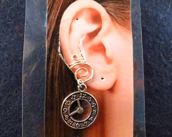 Doctor Who ear cuff with interchangeable charm/s.
