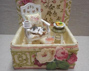 Miniaure roombox - sleeping kitty in pretty room