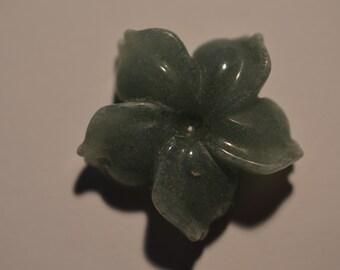 Vintage Medium Aventurine Quartz Flower Center Accent Pendant (1060427)