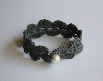 Crochet Bracelet With Pearl
