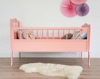 SALES - Mid century, Cradle, crib, babybed, wodden crib, mid century modern, vintage, pink, 60s, model Florestan