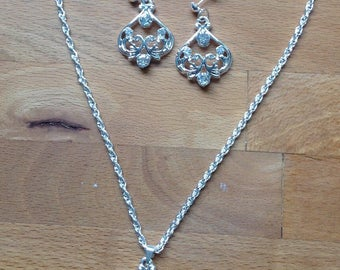 Silver chandelier filigree crystal pendant earring and necklace set