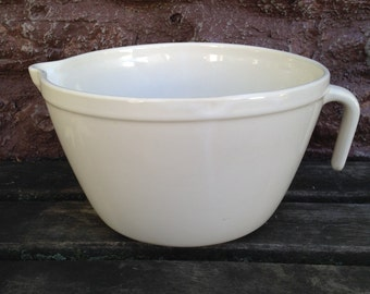 Friendship Pottery Batter Bowl Large 2 QT  Size Oven Microwave Safe Roseville Ohio Bottom Stamped / Collectible