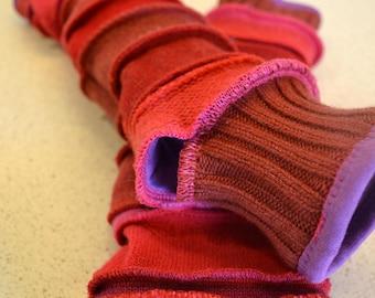 Katwise style lined Arm warmers / wristwarmer / fingerless gloves red-purple