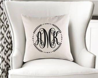 Monogram Pillow // Pillow Cover // Home Decor // Custom Home Decor // Monogrammed Pillow Case // Sofa Pillow // Couch Pillow // Personalized