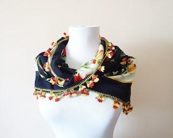 Traditional Turkish Yemeni, Oya scarf, Handmade Scarf, Crochet Oya Scarf, Wrap Scarf, Coton floral scarf, handmade lacework oya, Tulip Scarf
