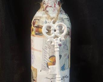 Paris Vintage wine bottle