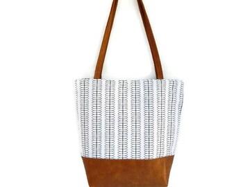 Black print women's shoulder bag, women's purse, ready to ship
