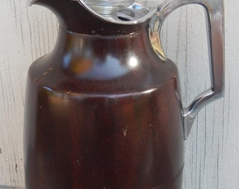 1930's Manning Bowman & Co. Insulated  Coffee Carafe!