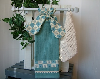 Hanging Dish Towel and Crochet Dish Cloth Set;  Blue Dish Towel; Kitchen Towel; Kitchen Dish Cloth; Dish Rag; Kitchen Decor; Bridal Shower