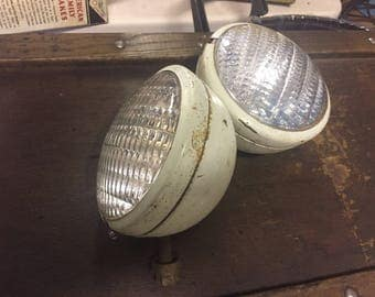 Tractor Lamp Pair - Guide Brand