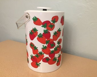 15% SALE *** Stotter Red & Green Strawberry White Vinyl Insulated Ice Bucket with Clear Lucite Handle