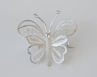 Silver brooch 925/1000, butterfly, filigree (FDPC)