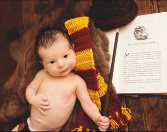 Harry Potter crochet set, Sorting hat, Harry Potter Scarf, newborn photos, babys first photos, photo prop, babys first Halloween.