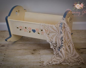 Newborn Photo prop bed, Vintage doll cradle, doll bed, Wood vintage doll bed, Newborn photo prop crib, Doll Furniture, Vintage Child's Toy.