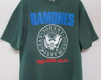 Vtg. RAMONES FINAL TOUR 1996 Vintage 90s Punk Rock Tour T-Shirt / Size X-Large