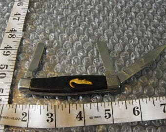 Vintage Pocket Knife with an Alligator Emblem,Good Condition/May Need Cleaned!