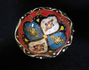 Folk Art Trinket Bowl - handmade with bright  colorful floral designs.  Country kitchen decor, has multiple uses. A great Mothers day gift!