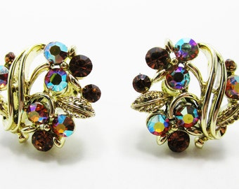 Glittering Vintage 1950s Signed Lisner Gold Toned Rhinestone Earrings