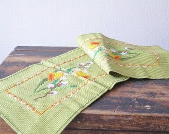 Easter Table Decor Vintage Embroidered table runner Handmade Easter Floral Table Cloth #3-20