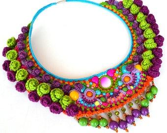 big bold chunky necklace, frida kahlo necklace,  statement necklace, pom pom necklace, mexican necklace, textile necklace, greenery necklace