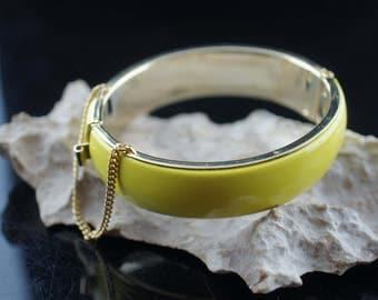 Vintage Art Deco bracelet  Hinged Bangle Bracelet With Safety Chain yellow enamel gold tone aa14