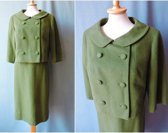 True 1960s Jacky O. style costume two piece wool olive green   Size S-M   Van Ziang 1960s two piece suit jacket & skirt olive
