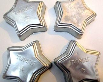 """Set of four """"Twinkle"""" Star Vintage Cookie Cutters ,Metal Cookie Cutters ,Cookie Cutter Set, Kitsch Vintage Cookie Making Tools"""