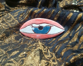 Creepy All Seeing Mouth Brooch Pin Eyeball