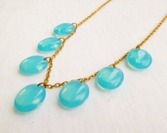Vintage Turquoise Iridescent Glass Necklace. 1930's Art Deco Glass Drops Necklace.
